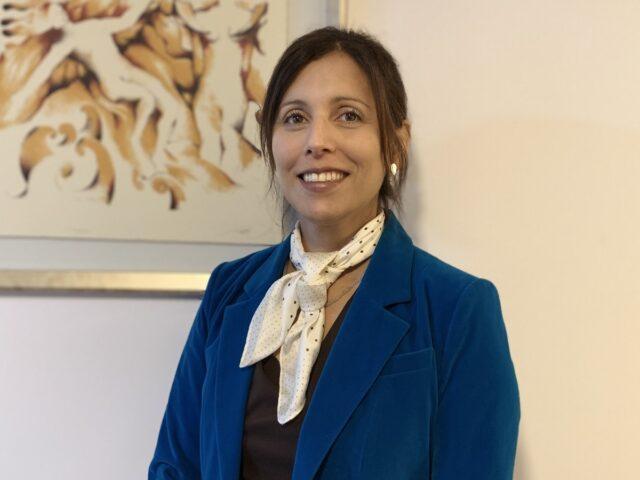 Es doctora en Bioética y Teoría del Derecho Europeo: Ángela Arenas Massa asume como nueva directora de la Escuela de Derecho de la U. Finis Terrae