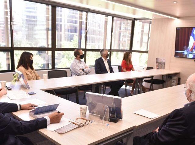 Centro de Arbitraje y Mediación de Santiago abre concurso para publicación de tesis de egresados de Derecho