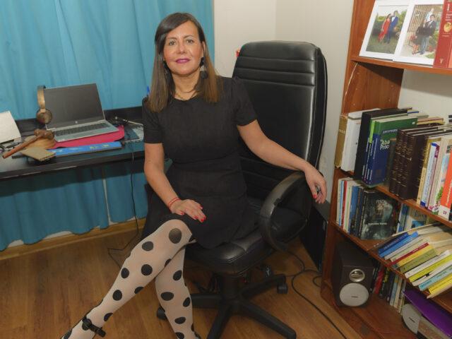 """Natasha García, secretaria general de la Asociación de Magistradas y Magistrados: """"Se debe poner énfasis en asegurar la pensión mínima integral para los niños, niñas y adolescentes por parte del Estado»"""